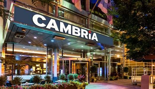 Cambria Chicago Magnificent Mile