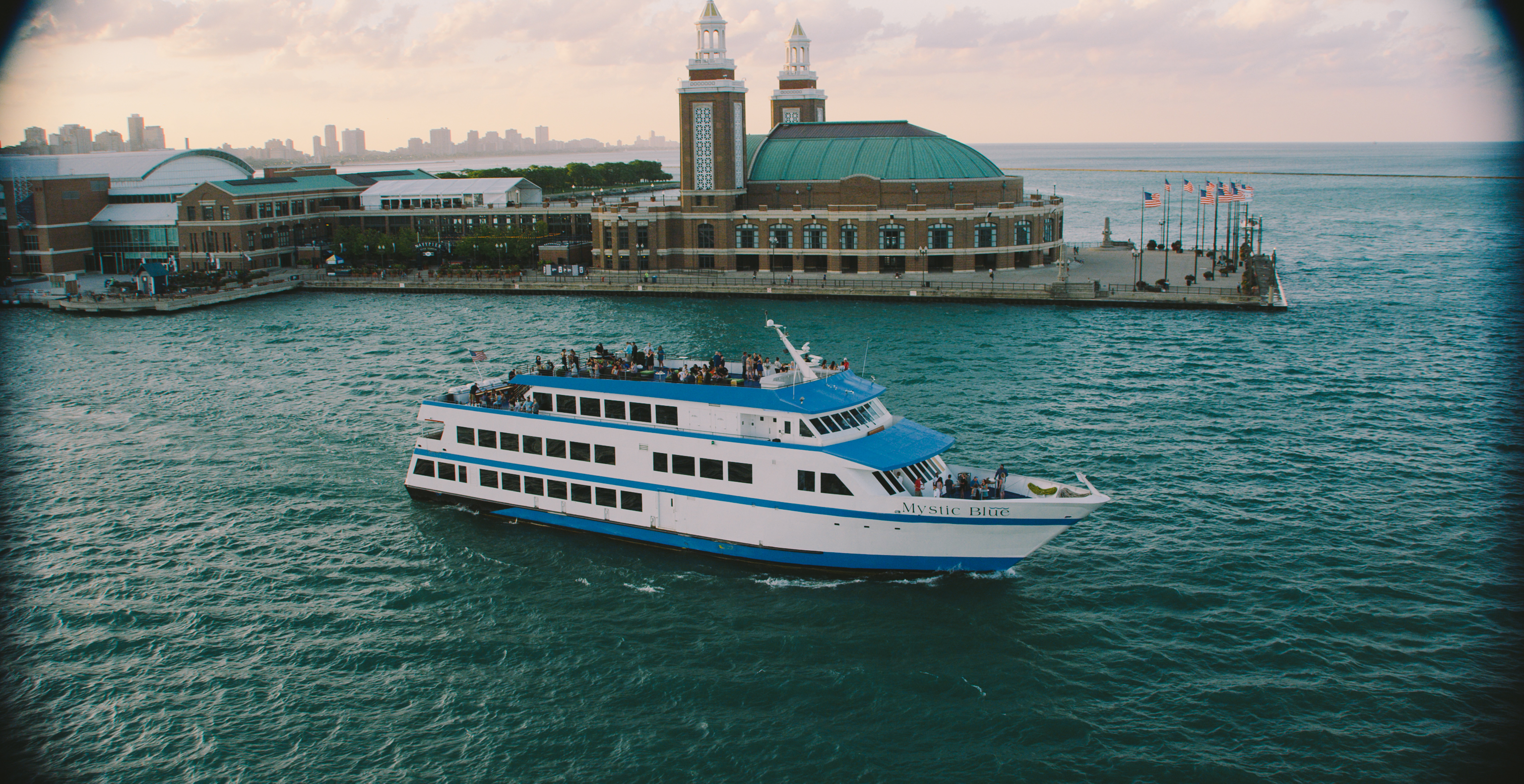 Chicago Dinner Cruises The Magnificent Mile