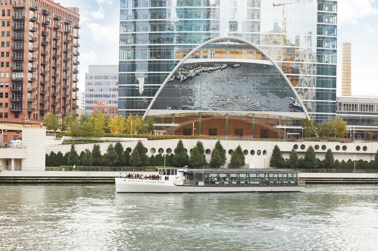 Odyssey Chicago River | The Magnificent Mile
