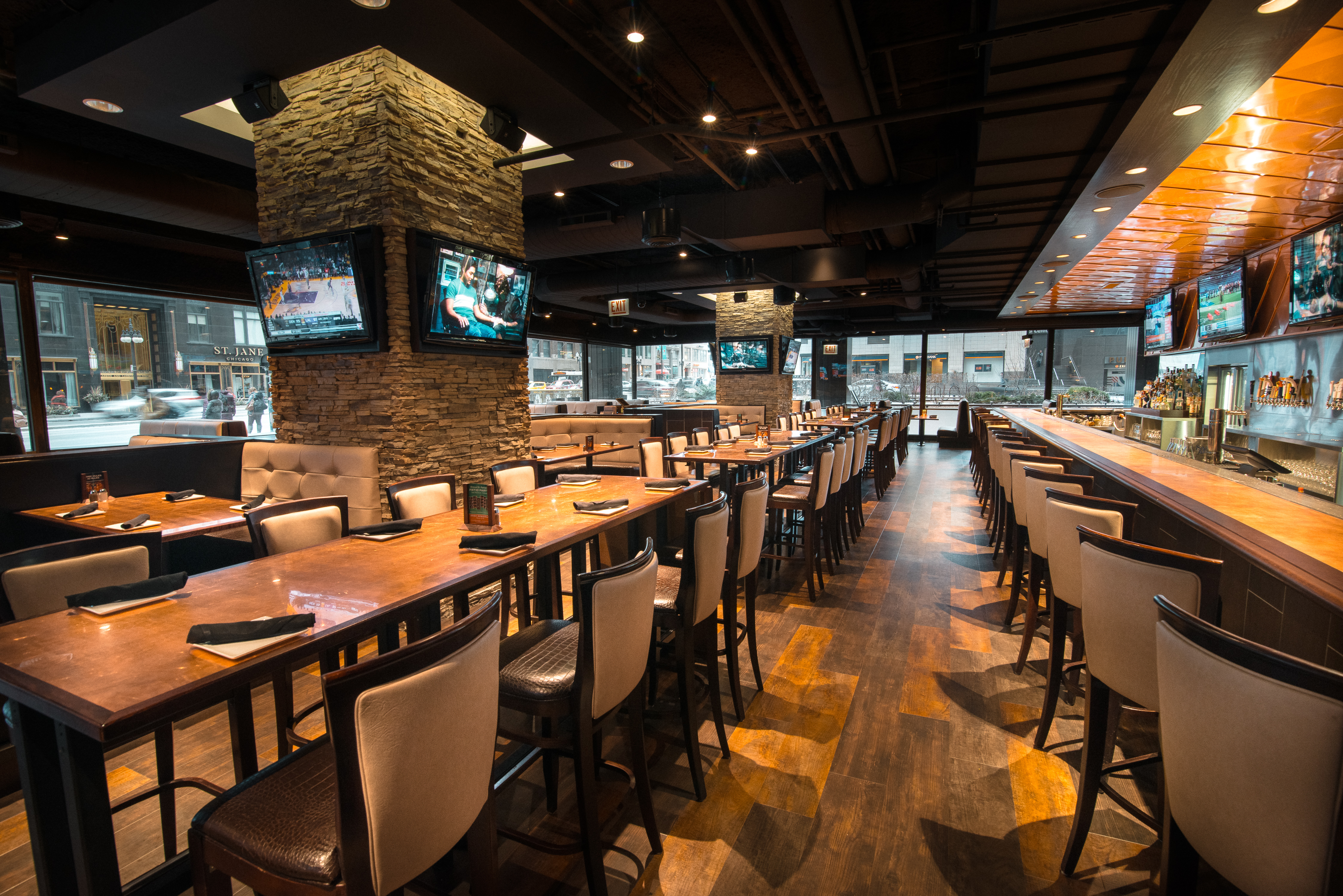 Sweetwater Tavern & Grille   The Magnificent Mile