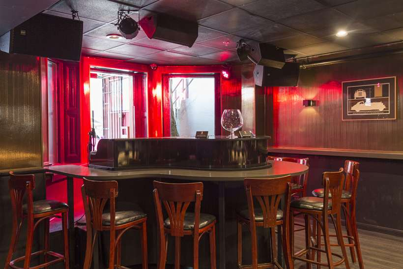 The Redhead Piano Bar | The Magnificent Mile