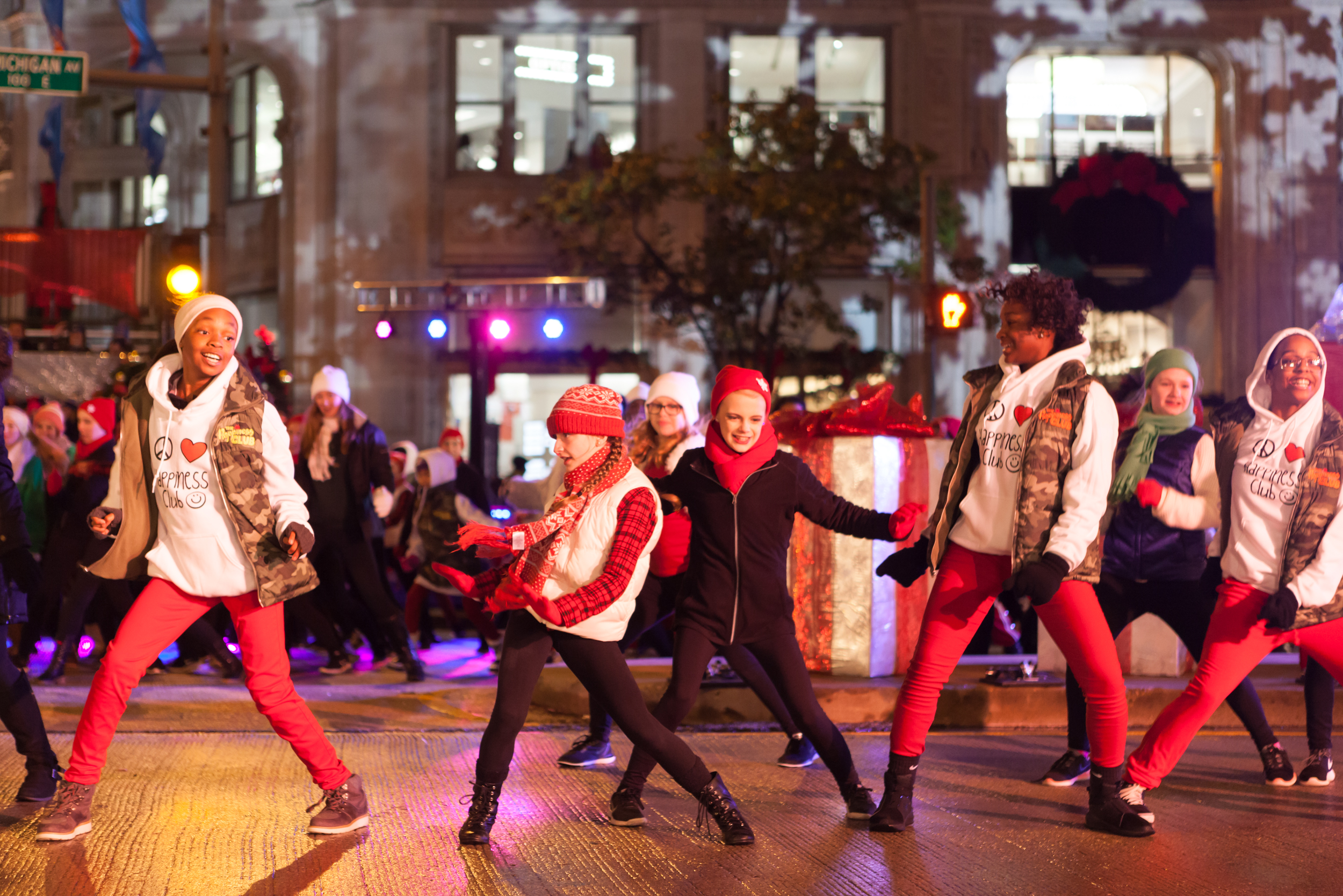 Christmas Parade Chicago 2019 Chicago Schedule of Events | Lights Festival