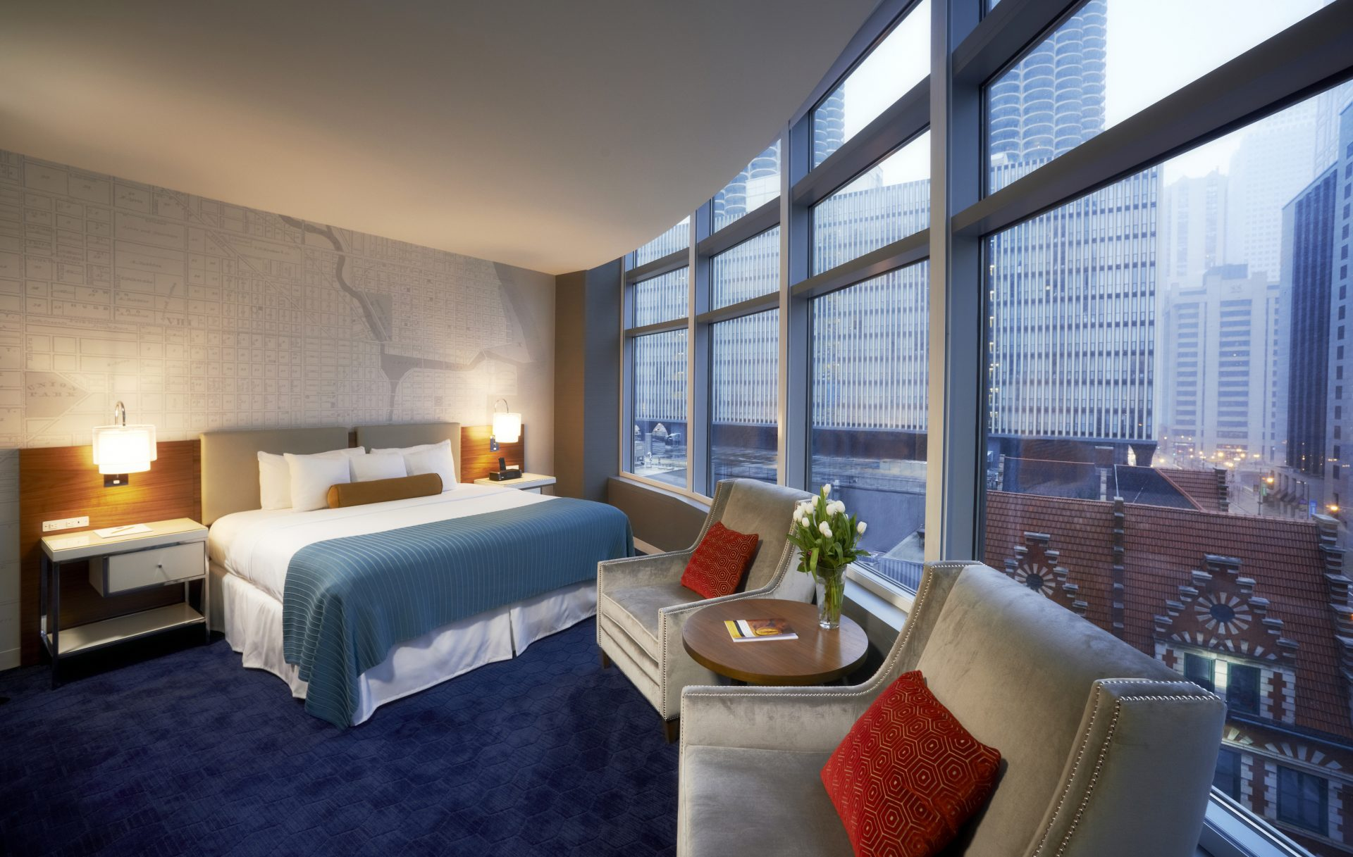 Spring hotel deals on the magnificent mile for Chicago lodging